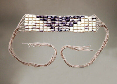 Man's Wampum armband Montaup; Wampanoag wampum; 2013: N. Dartmouth, Massachusetts; Purple and white wampum shell beads, cotton warps; 2