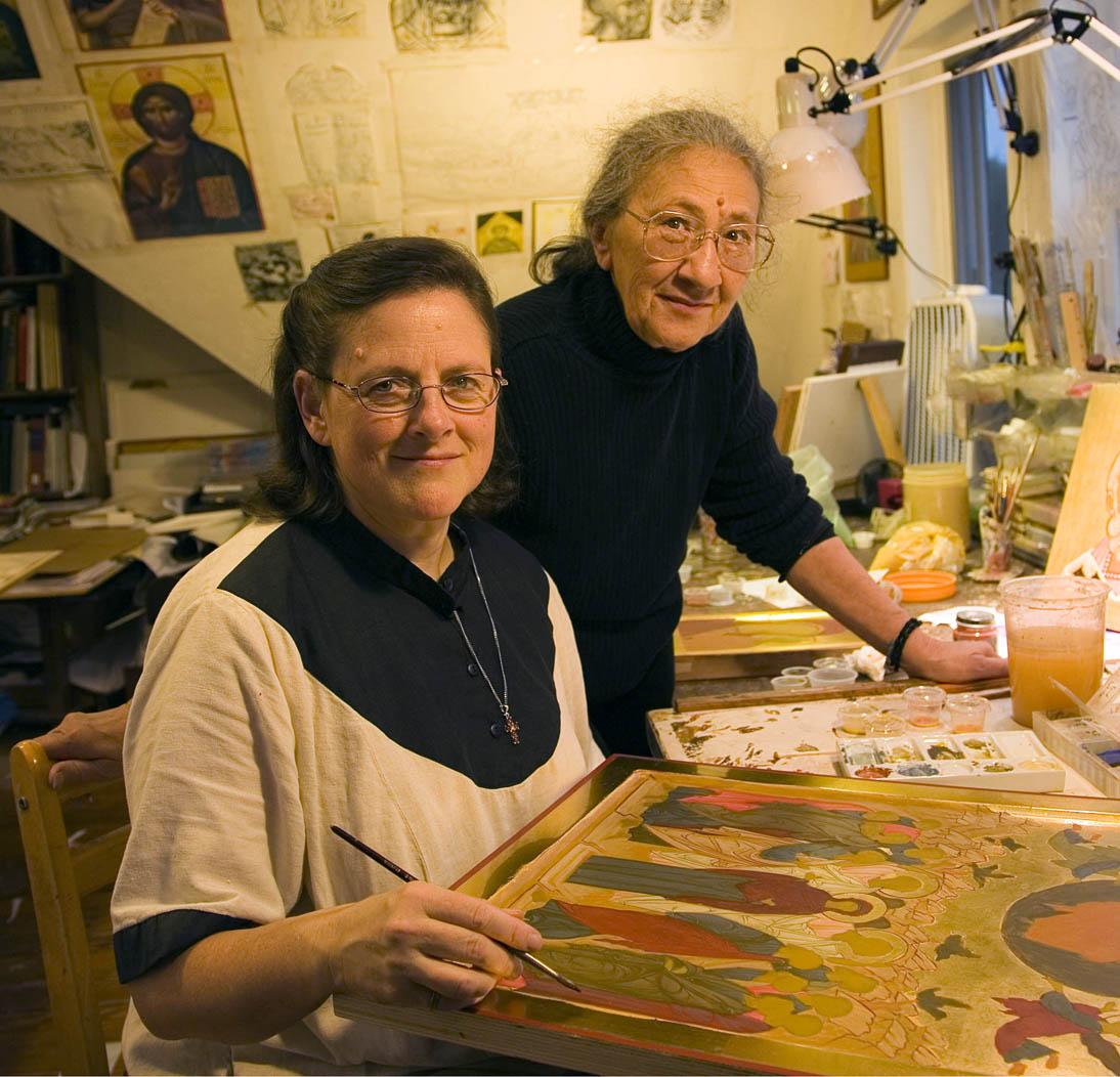 Faith Riccio, (left) and Ksensia Pokrovsky. Photo: Billy Howard.