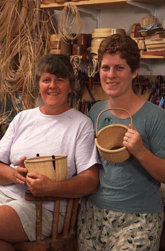Apprentice Timalyne Frazier and Karol Lindquist.