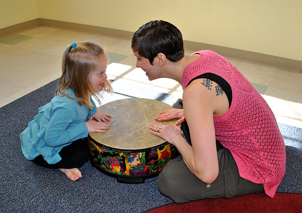 Music Therapy at South Shore Conservatory, a former Innovation and Learning Network organization. (Image: Macy Gilbert)