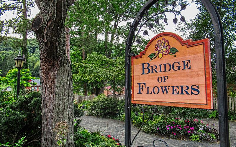 Bridge of Flowers sign
