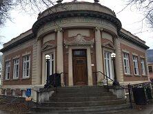 Exterior of the Pratt Memorial Library building
