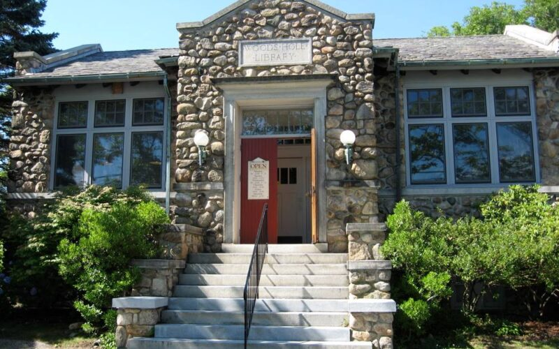 Woods Hole Public Library
