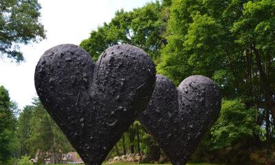 Jim Dine's Two Big Black Hearts