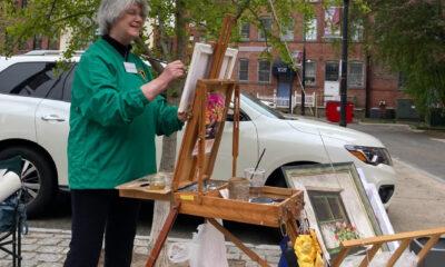 woman plein air painting in Haverhill